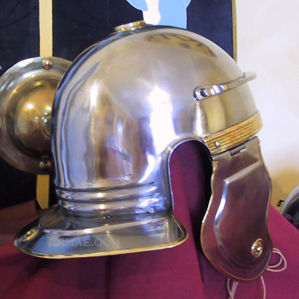 casque_romain_imperial_italique_B